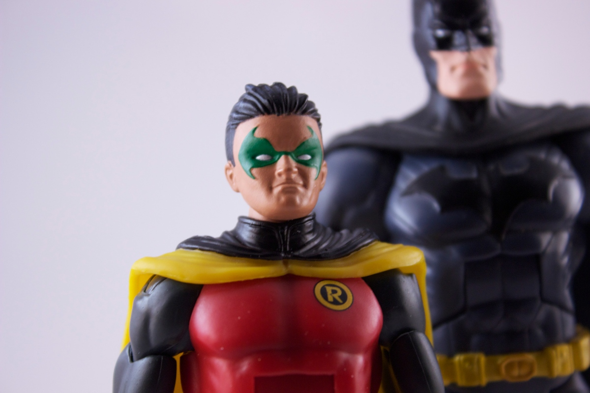DC Club Infinite Earths Damian Wayne Figure
